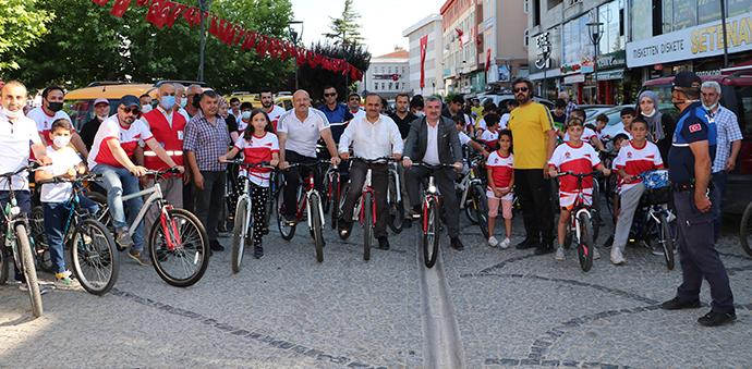 15 Temmuz Demokrasi Ve Milli Birlik Günü Bisiklet Turu Düzenledi