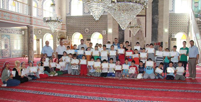 2 Bin 172 Öğrenci Kur'an Kurslarından Belge Aldı