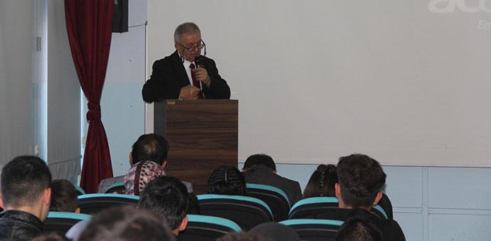 25 Mayıs Anadolu Lisesinde Konferans Düzenlendi