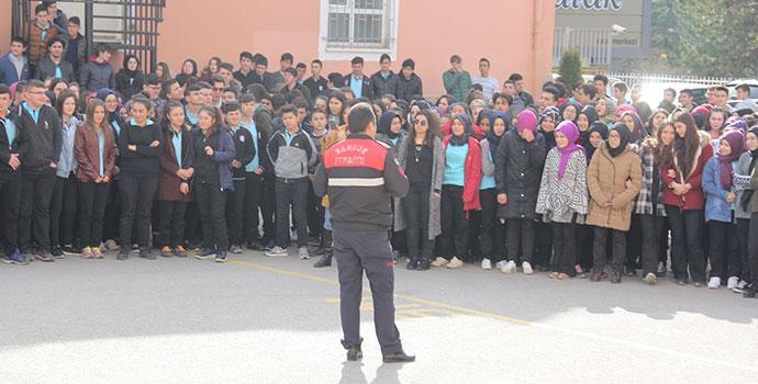 25 Mayıs Anadolu Lisesinde Yangın Tatbikatı