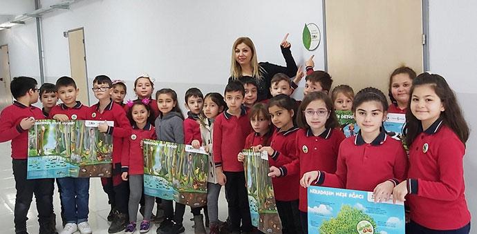 25 Mayıs İlkokulu 2/C  Sınıfı, TEMA Gönüllüsü Olarak Rozet Taktı