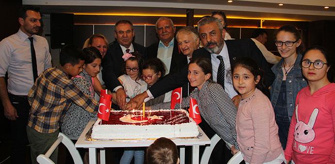 ADD Alternatif Cumhuriyet Bayramı Kutlaması Düzenledi