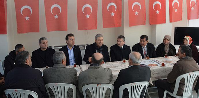 Ahmet Demircan Ak Parti Havza Seçim Koordinasyon Merkezini ziyaret etti