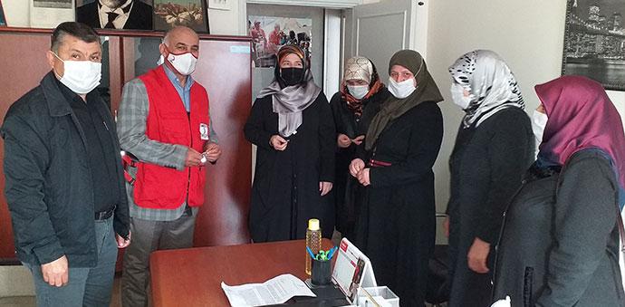 Ak Parti Havza Kadın Kollarından Kızılay'a Ziyaret