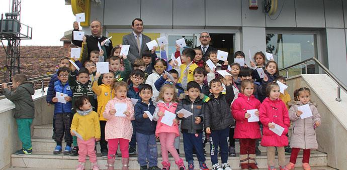 Anaokulu Öğrencilerinden PTT'ye Ziyaret