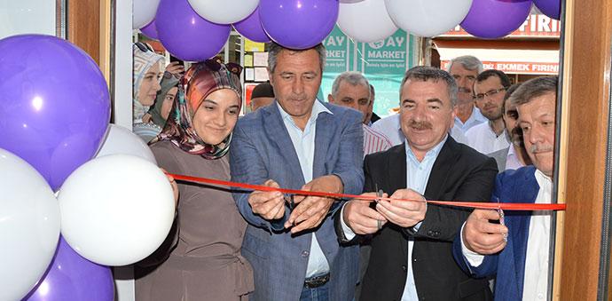 Başkan Özdemir, İş Yeri Açılışını Yaptı