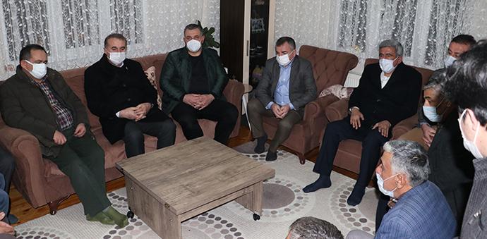 Belediye Başkanı Demir'den Atınışık Ailesine Taziye Ziyareti