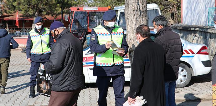 Cuma Hutbesinde Traktör Sürücülerine Uyarı