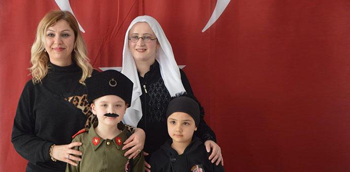 Fatih Sultan Mehmet ve Atatürk'ü Canlandırdılar