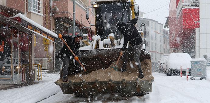 Havza Belediyesi Kar ile Mücadeleye Başladı