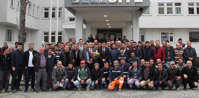 Havza Belediyesinde Taşeron İşçilerin Hem Kadro Hem de Sendika Sevinci