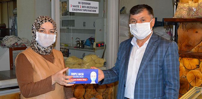 Havza Belediyesinden Yufka Ve Tatlıcılar Maske Desteği
