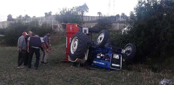 Havza 'da Traktör Devrildi 1 Ağır Yaralı