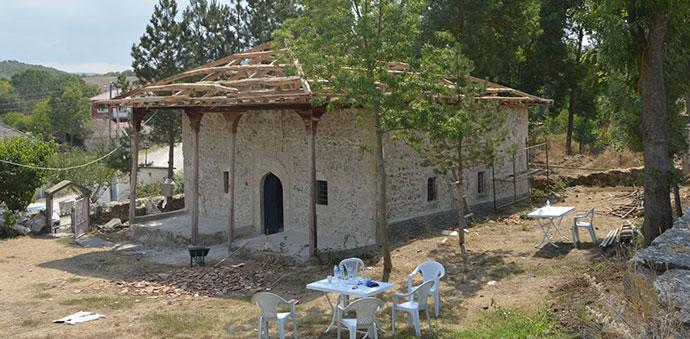 Havza'da 125 Yıllık Yığma Taş Cami Restore Ediliyor