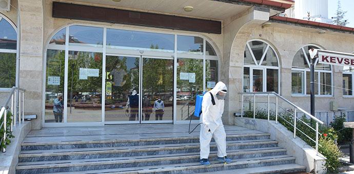 Havza'da Camiler Dezenfekte Edilerek Cuma Namazına Hazırlandı