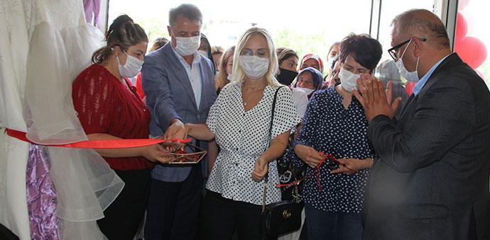 Havza'da CHP Hayır Çarşısı Açıldı