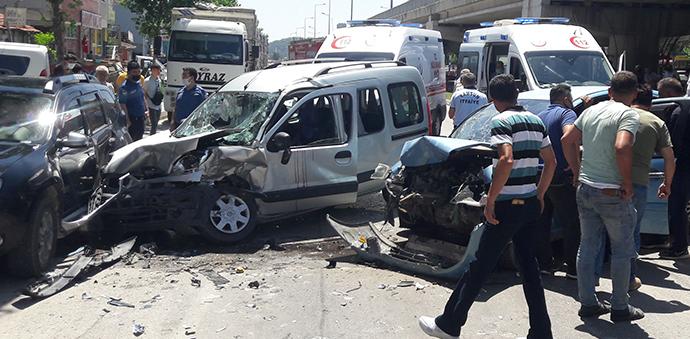 Havza'da kaza 2'si ağır 4 yaralı
