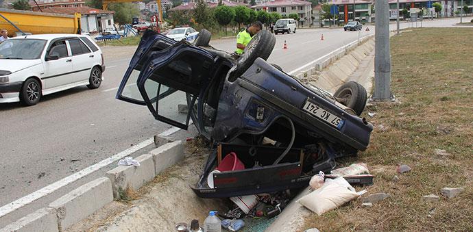 Havza'da Kaza 6 Yaralı, İçinde 6 aylık Bebekte Var