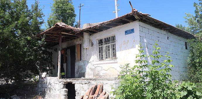 Havza'da Metruk Binada Yangın Çıktı
