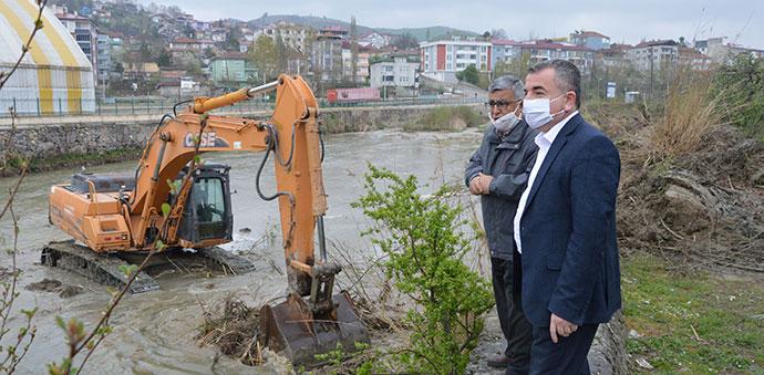 Havza'da Tersakan Irmağı Temizleniyor