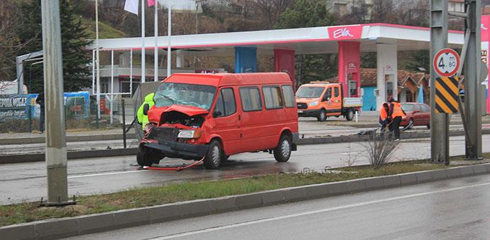 Havza'da Trafik Kazası 4 Yaralı
