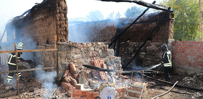 Havza'da Yangın 1 Kişi Yaralandı