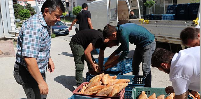 Havza'dan Selin Vurduğu Ayancık'a 3 Bin Ekmek