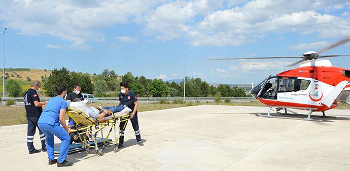 Kalp Krizi Geçiren Adam İçin Ambulans Helikopter Geldi