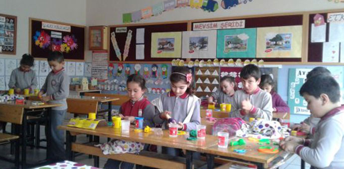 Karşıyaka Okulunda Zorba Olma Arkadaş Ol Etkinliği