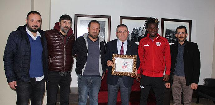 Kemal Zeybek, Sponsor Oldu