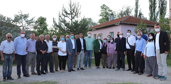 Milletvekili Hancıoğlu Ve Belediye Başkanı Deveci'den Genç Muhtara Ziyaret
