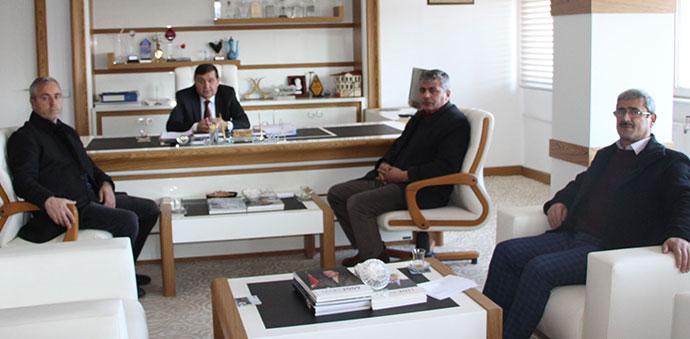 Muhtarlar Derneğinden Başkan İkiz'e Ziyaret