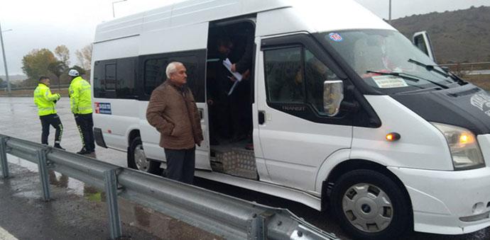 Öğrenci Servis Minibüsleri Denetledi