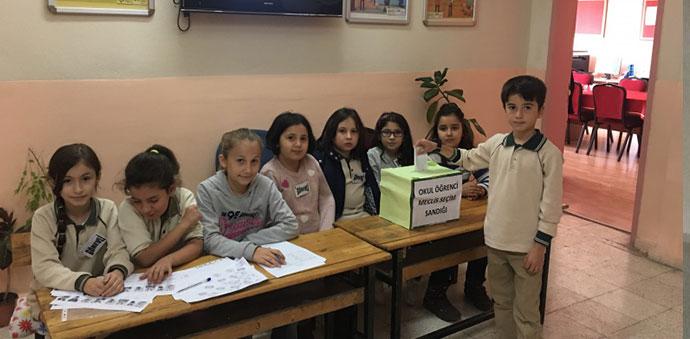 Okullarda Meclis Başkanları Seçimi Yapıldı