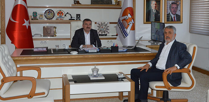 OMÜ Rektörü Prof. Dr. Sait Bilgiç 'ten Özdemir'e Ziyaret