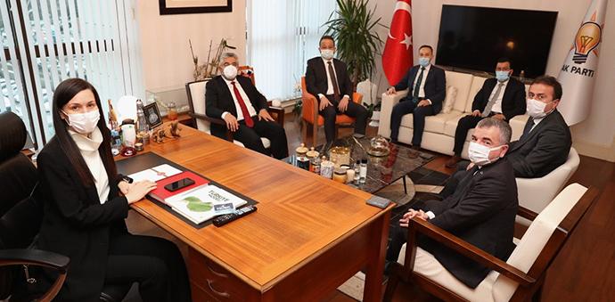 Samsun Heyetinden AK Parti Genel Başkan Yardımcısı Karaaslan' ziyaret