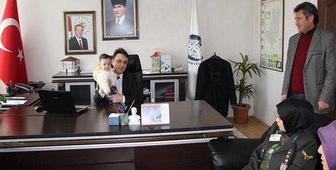 Şehit Şahin'in Ailesi Kaymakam Yılmaz'ı Ziyaret Ettiler