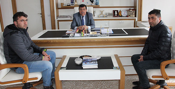 Şehit Yakınlarından Başkan İkiz'e Ziyaret