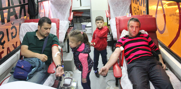 Türk Kızılay'ı Kan Bağışı Çalışmaları