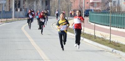100. Yıl Etkinlikleri Gençlik Koşusu Düzenledi