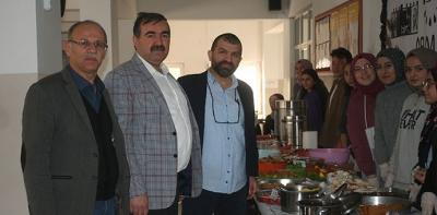 25 Mayıs Anadolu Lisesinde Kermes Düzenlendi