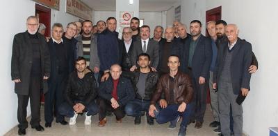 AK Parti'den Belediye Başkanlığına Adaylığın Açıkladı