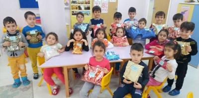 Ana Okulu Öğrencilerinden Yardımlaşan Eller