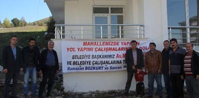 Belediye Başkanı İkiz'e Pankartlı Teşekkür
