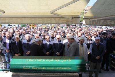 Emekli Öğretmen Nurettin Karaoğlanoğlu Vefat Etti