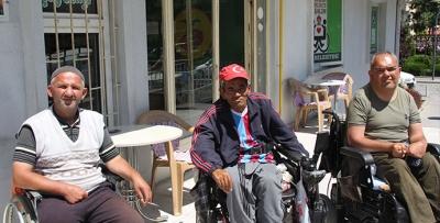 Engelli Tuvaleti Tamamlanmayı Bekliyor