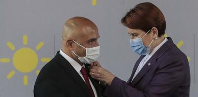 Erhan Usta Törenle İYİ Parti'ye Katıldı