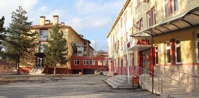 Eski Hastane Binası Kaderini Bekliyor