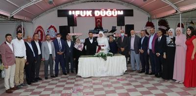 Havza Belediye Eski Başkanı İkiz'in Kızı Dünya Evine Girdi