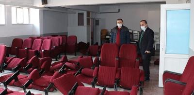 Havza'da İki Okula Konferans Salonu Koltuğu Hibe Edildi